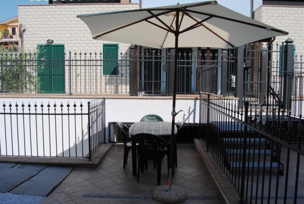 Sirolo, 2 km dal mare, Nuovo, Terrazza abiatbile - Arco Immobiliare ...